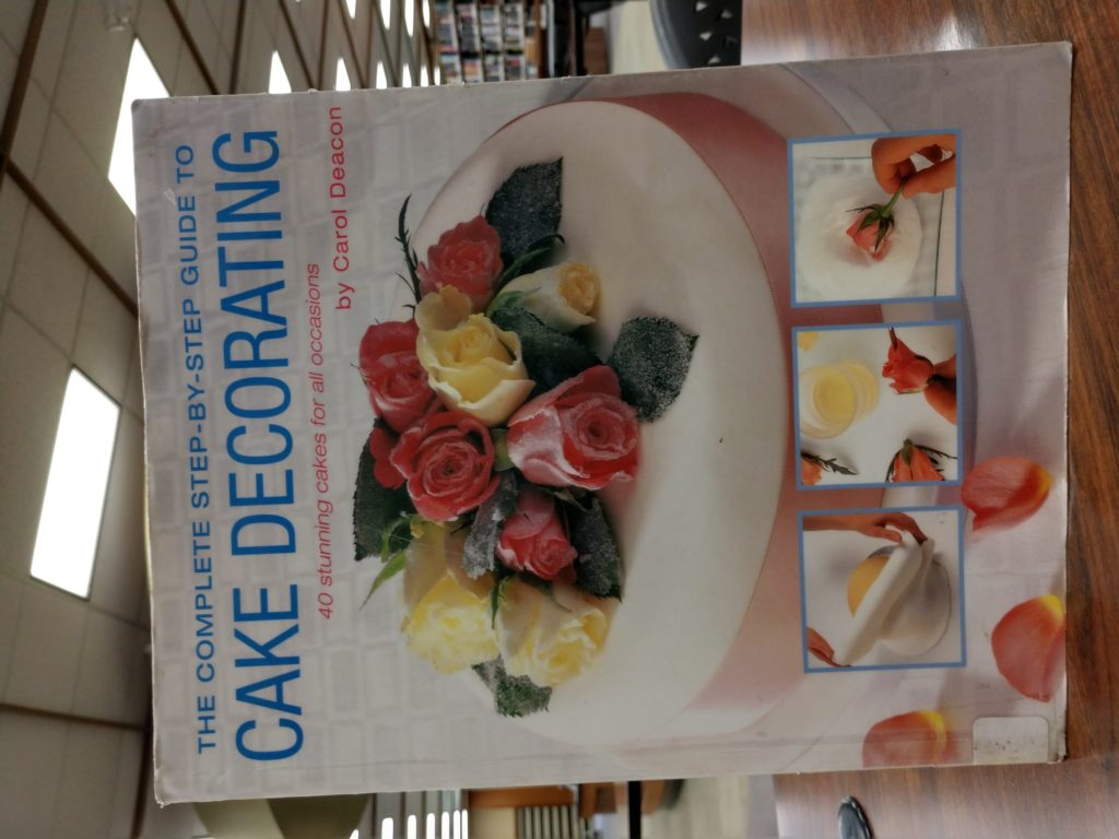 Cake Decorating book cover